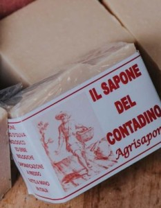 3115 Il sapone del contadino 100gr